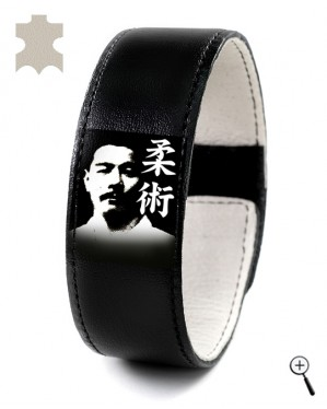 Magnetic leather bracelet with image of Maeda Mitsuyo (details)
